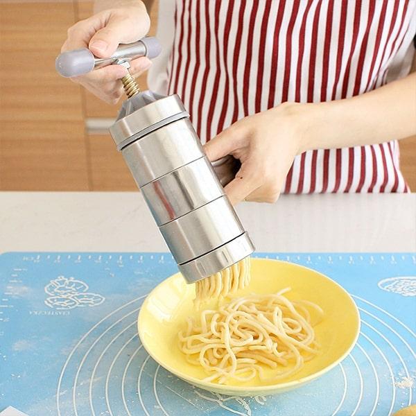Łatwe robienie makaronu w kilka minut image